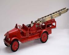 www.buddylmuseum.com, buddy l aerial ladder fire truck, buddy l fire truck for sale, buddy l baggage truck for sale, free buddy l toys appraisals, toy appraisals, appraisals, antique buddy l fire truck, sturdtioy fire truck, keystone packard fire truck, buddy l dump truck, buddy l toys for sale, buddy l trucks for sale, vintage space toys for sale, alps space toys, radicon robot for sale, kelemt toy trucks fro sale, american natiional toy trucks for sale, buddy l cars